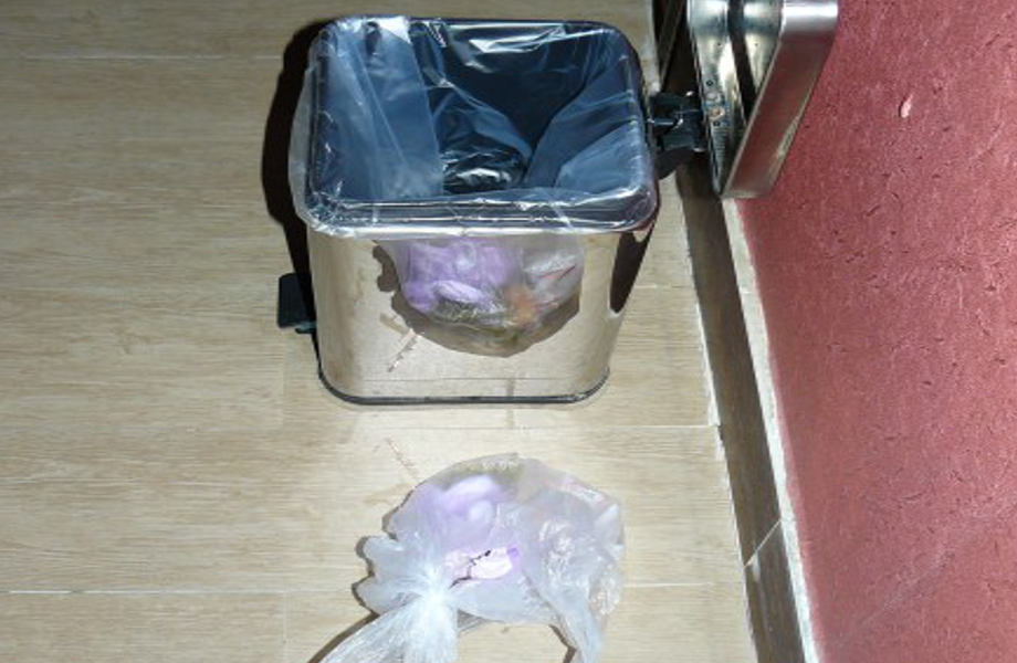 How Backpackers Live Without Bin Liners